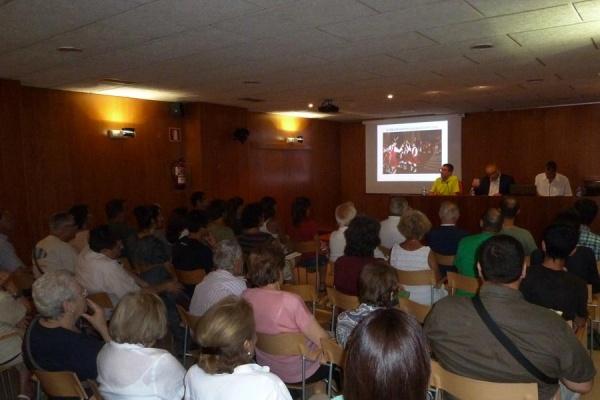 Presentació de «El Ball de Bastons a Igualada»
